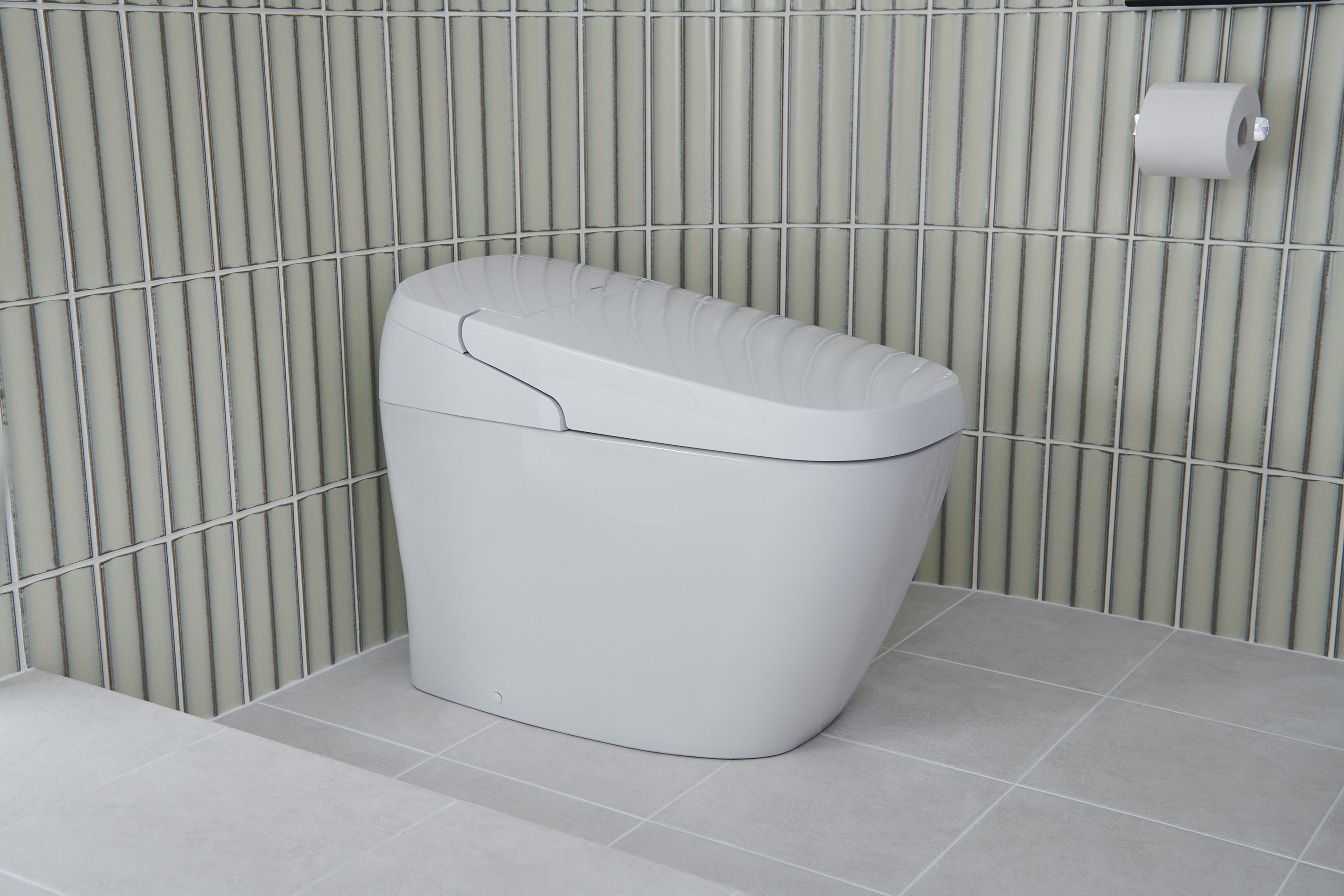 SATIS G Shower Toilet